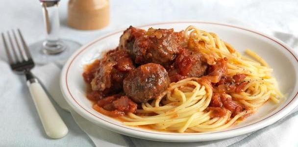 receita de almôndegas com molho de tomate