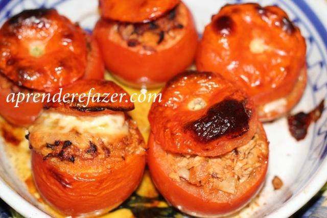 receita de tomates recheados no forno