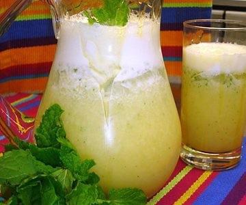 receita de sumo de abacaxi e hortelã