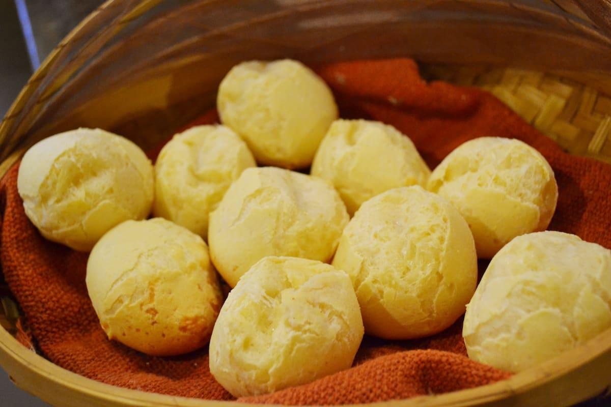 bolinhas pão de queijo